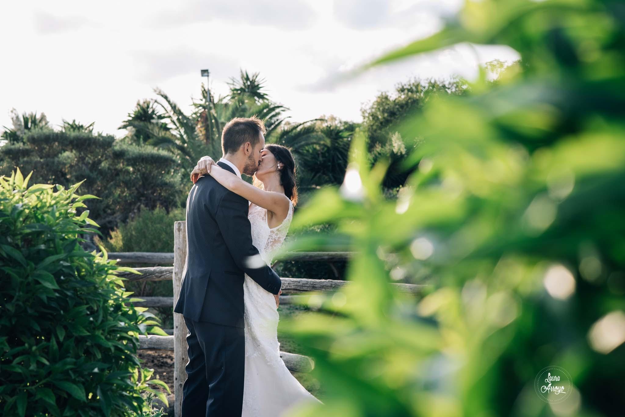 Postboda en la Masia Vilanoveta fotografía de boda sin posados Laura Arroyo