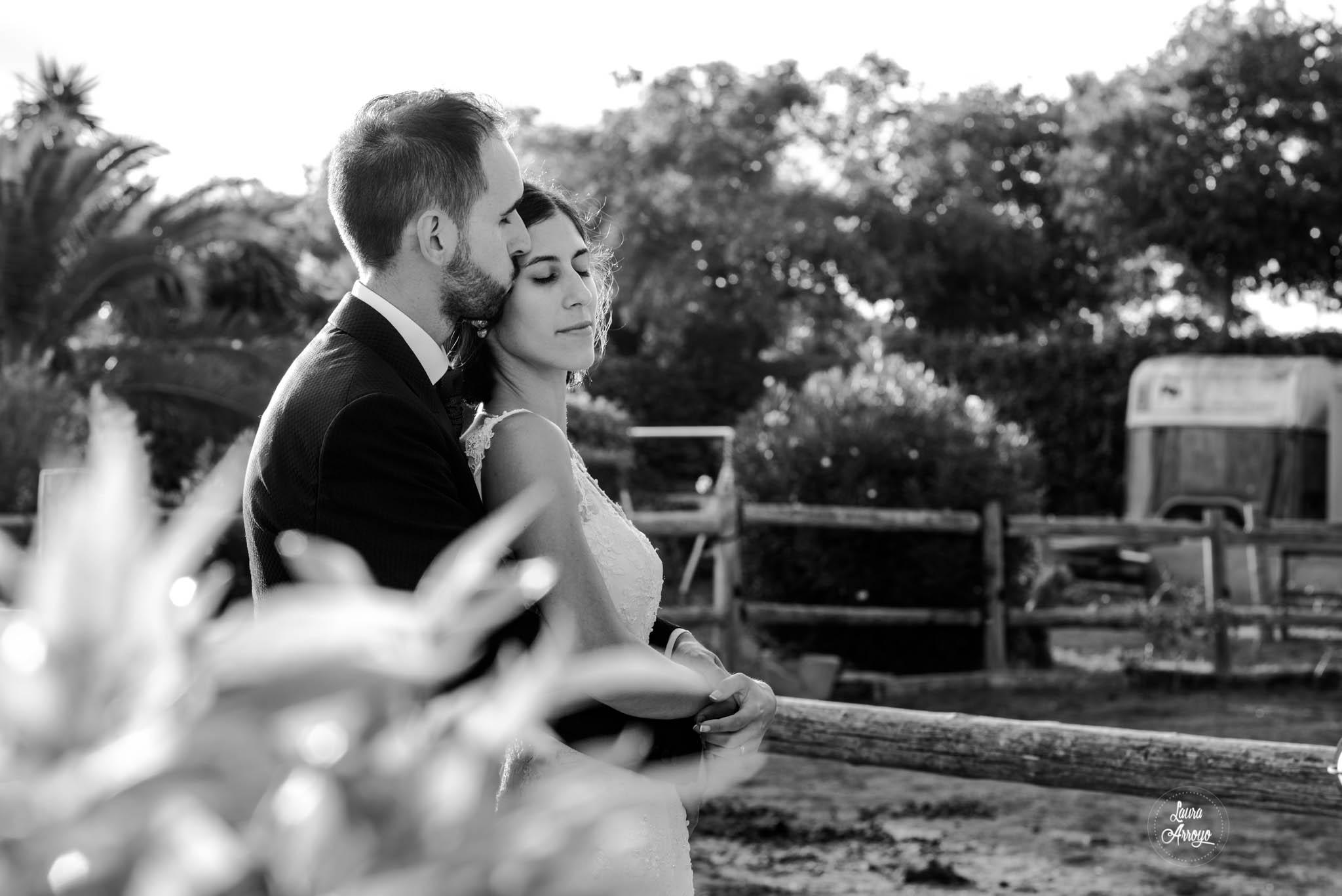 Postboda en la Masia Vilanoveta fotografía de boda emocional Laura Arroyo