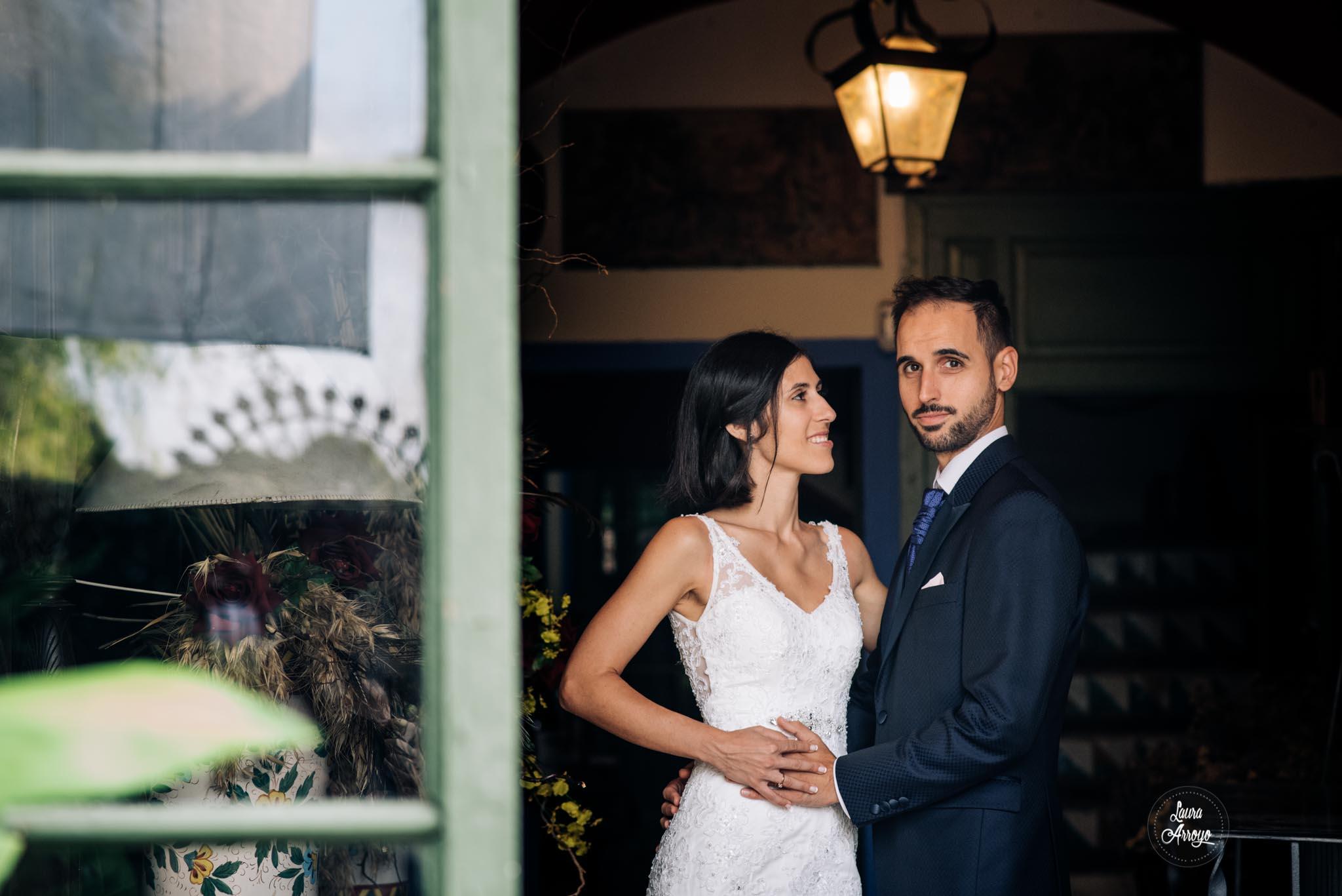 Postboda en la Masia Vilanoveta fotografía de boda Laura Arroyo